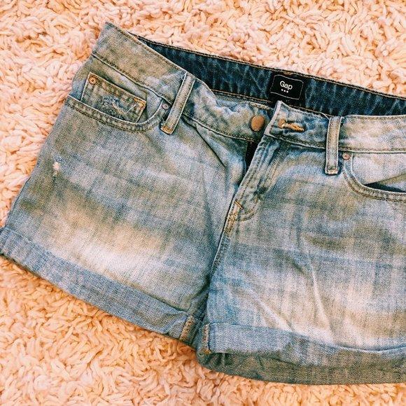 GAP Pants - GAP Light Wash Rolled Denim Shorts